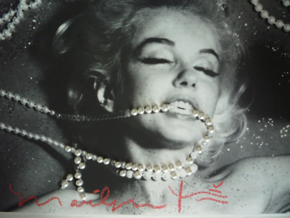 Marilyn with Pearls